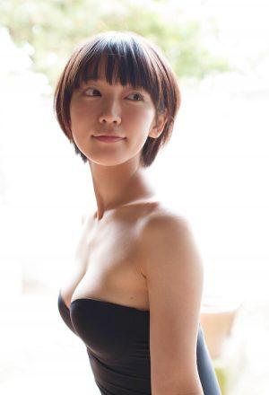 吉岡里帆のかわいい画像3