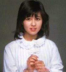石野真子のかわいい画像2